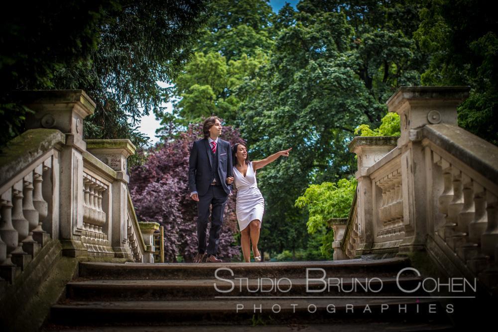 maries sur un pont du parc monceau
