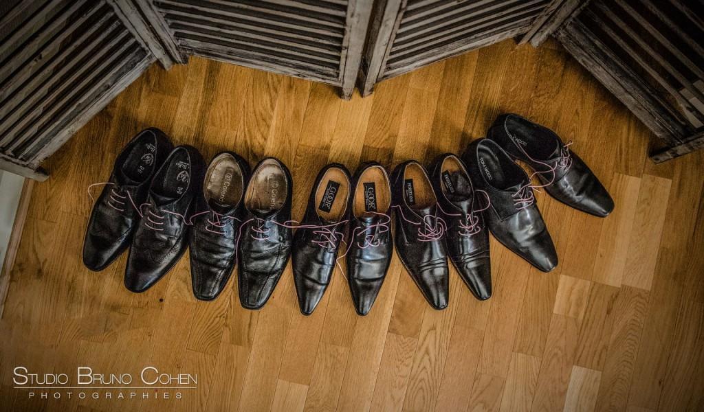 5 paires de chaussures de ville en cuir noir en arc de cercle