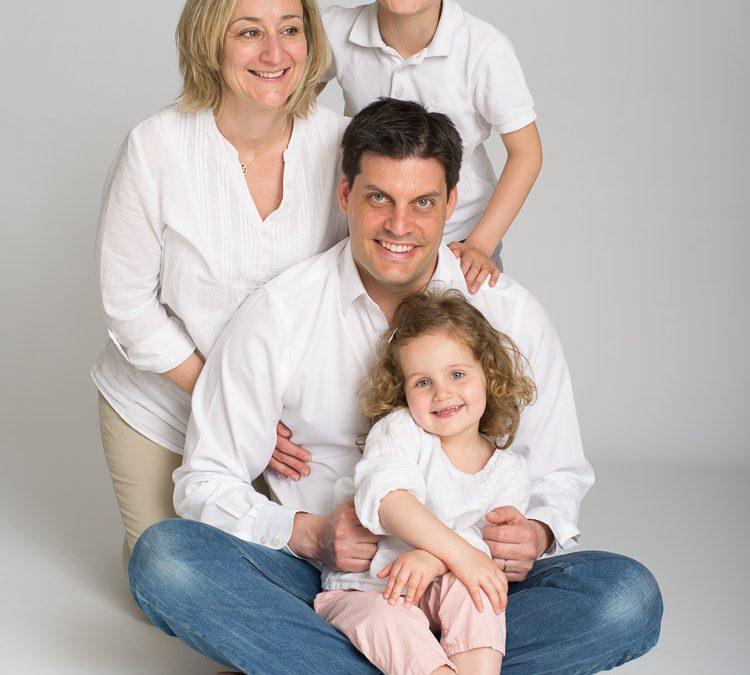 Gael & Camille – Portraits de famille en Studio