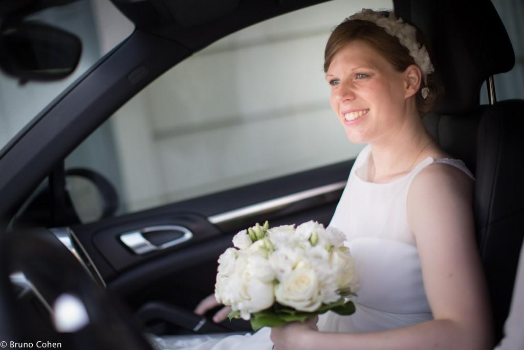 mariee dans sa voiture