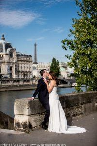 mariage-portrait-hotel-brighton-tuileries-couple-maries-paris-tour-eiffel