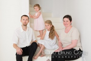 seance-famille-studio-lamorlaye-shooting-photo