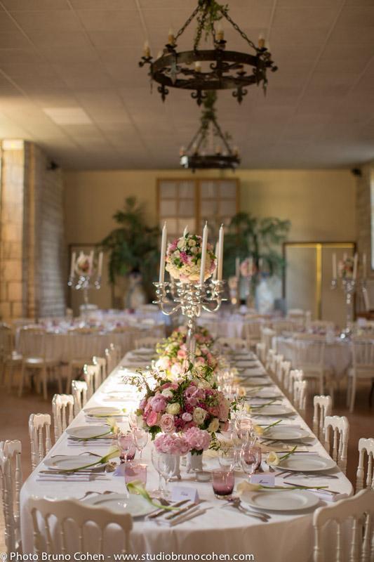 table dressée pour un mariage dans l'orangerie du chateau-de-saint-remy-en-l-eau-oise-decoration