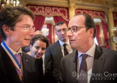 Bruno Cohen meilleur ouvrier de France et Francois Hollande Président de la République au Palais de l'Elysée