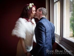 mariage-chateau-de-la-tour-chantilly-gouvieux-oise-preparatif-couple-retrouvaille-baiser