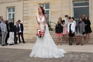 mariage-mairie-gouvieux-oise-ceremonie-civile-bouquet-mariee