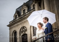 mariage-photographie-chateau-de-chantilly-maries-couple