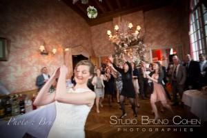 mariage-chateau-de-la-tour-oise-photographe-bouquet