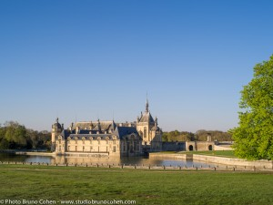 chateau-de-chantilly-soleil-couchant-parc