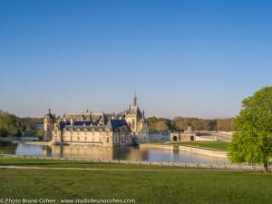 chateau-de-chantilly-soleil-couchant-parc