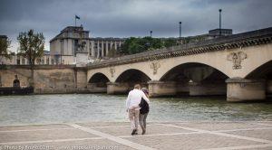 -proposal-in-paris-engagement-photographer