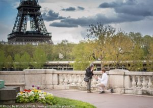 proposal-in-paris-engagement-photographer-eiffel-tower