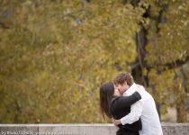 proposal-in-paris-engagement-photographer-couple-kiss