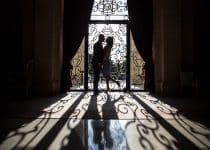 mariage-photo-chateau-hotel-tiara-montroyal-couple-vineuil-saint-firmain