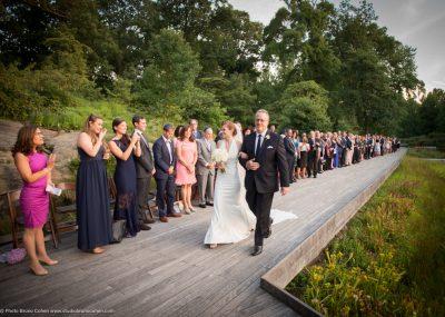 mariage-new-york-jardin-botanique-couple-maries-ceremonie-religieuse-pere-fille