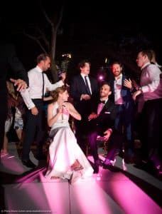 mariage-new-york-jardin-botanique-couple-maries-invites-soiree