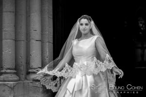mariage-chantilly-mercure-sortie-eglise-ceremonie-religieuse