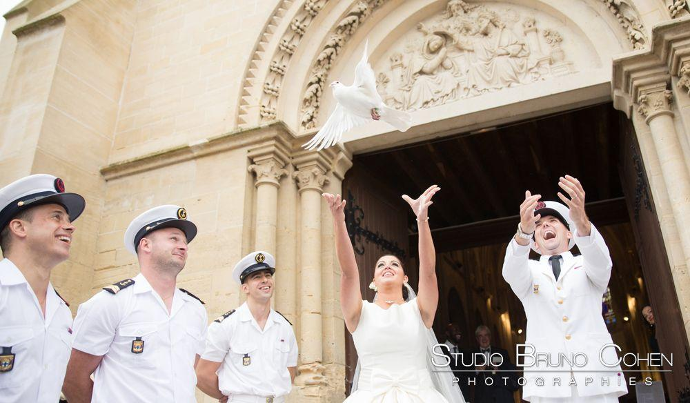 mariage-chantilly-mercure-ceremonie-religieuse-lancer-colombe
