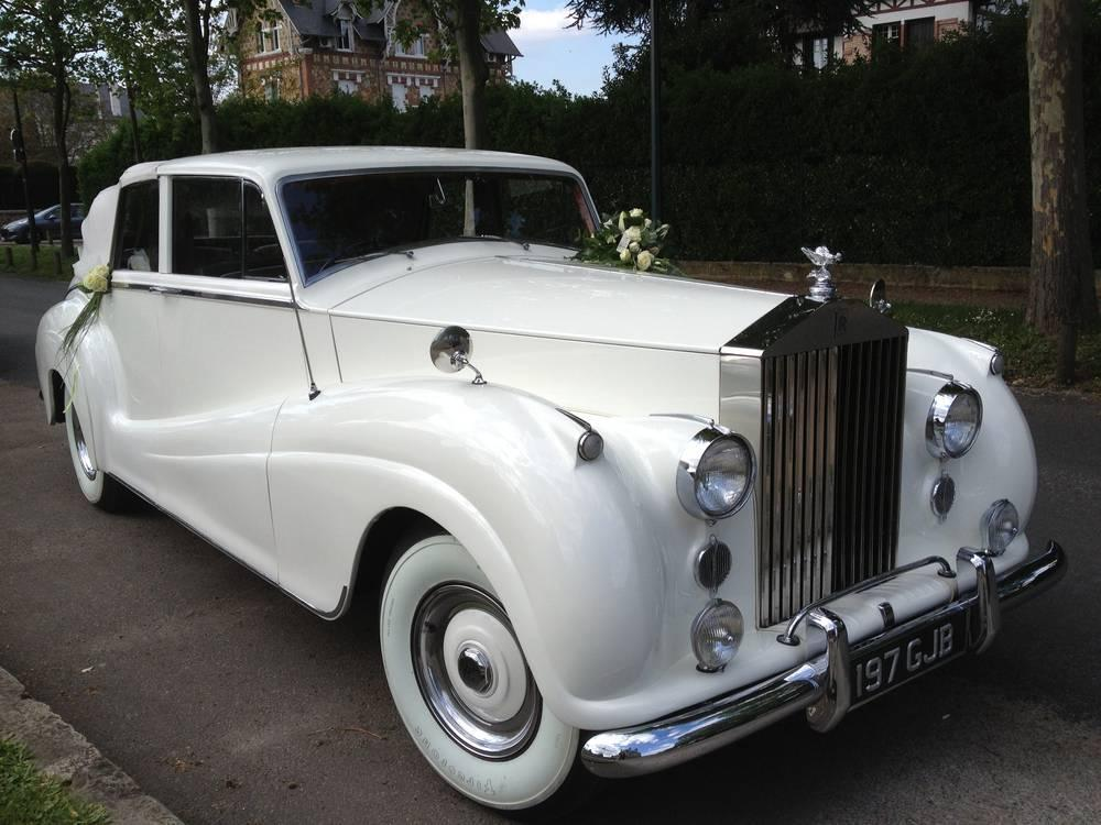 Rolls Royce SILVER-WRAITH 1955 blanche mariage-location-rolls-royce-voiture-location