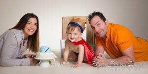 seance -photo-shooting-trash-the-cake-studio-senlis-gateau-petit-prince-famille-parents