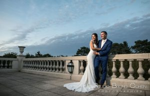 mariage-chateau-hotel-tiara-montroyal-couple-maries-chantilly-oise