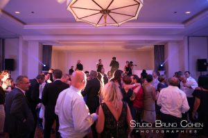 mariage-chateau-hotel-tiara-montroyal-soiree-groupe-orchestre