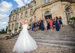 mariage-chateau-champlatreux-epinay-lancer-temoins-mariée-bouquet-