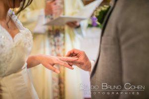 mariage-chateau-verderonne-eglise-borest-couple-mariés-alliance