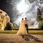 mariage-abbaye-royaumont-couple-feu-artifice-parc-oise-lieu-reception