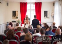mariage-photographe-couple-mairie-claye-souilly-invités