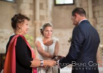 mariage-seine-et-marne-prieure-de-vernelle-claye-souilly-ceremonie-des-rubans-mariés-invités