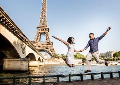 paris-proposal-photographer-eiffel-tower-jumping-couple-20170614_9088
