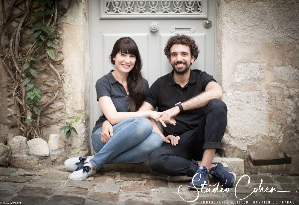 photo-preparation-mariage-senlis-rue-couple