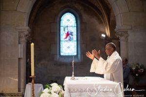 mariage-eglise-coye-la-foret-pretre-ceremonie-religieuse