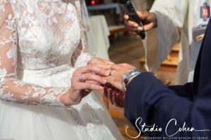 mariage-eglise-coye-la-foret-couple-alliance