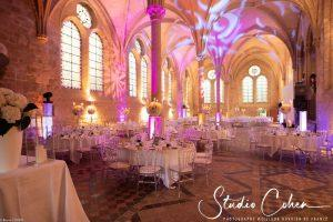 mariage-abbaye-royaumont-salle-reception-deco-lumière