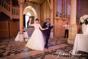 mariage-abbaye-royaumont-entree-des-mariés
