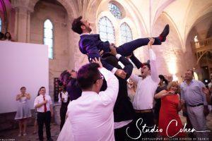 mariage-abbaye-royaumont-marié-témoins-soirée
