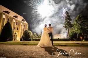 mariage-abbaye-royaumont-soirée-couple-mariés-feu-artifice