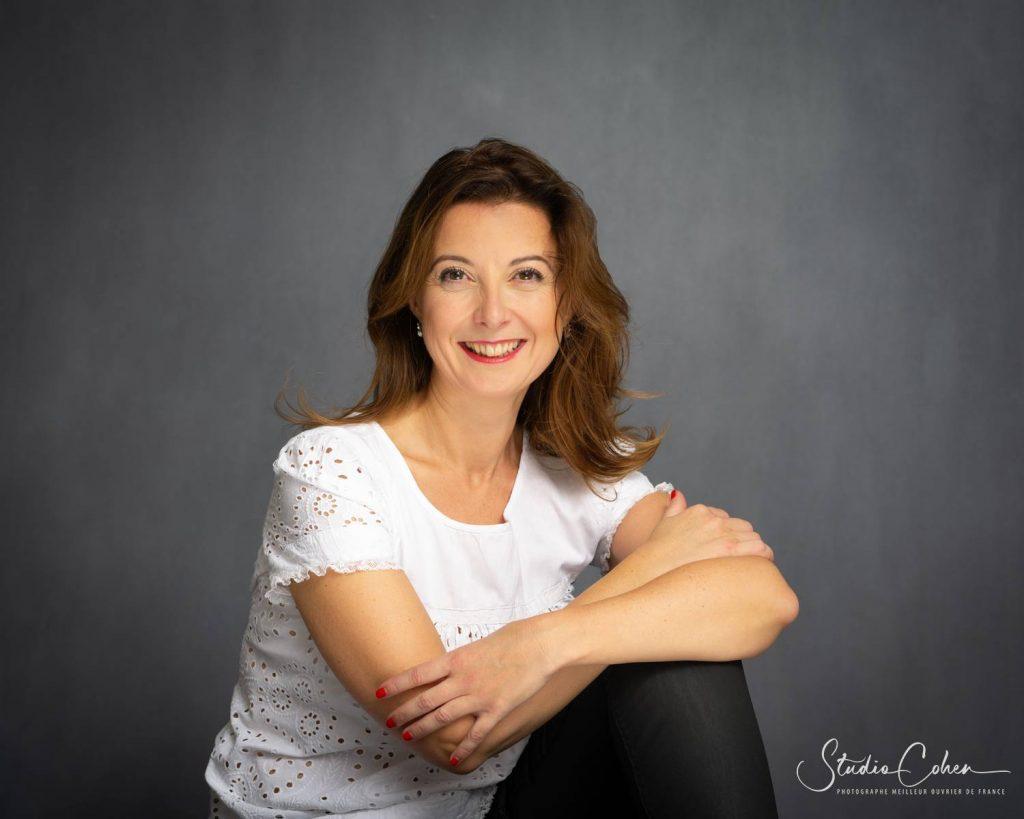 Portrait entreprise femme studio